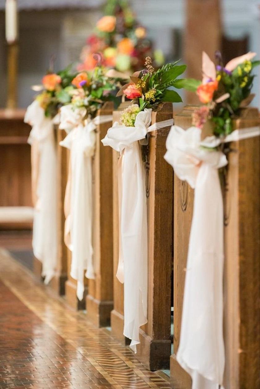 decoração da cerimónia na igreja